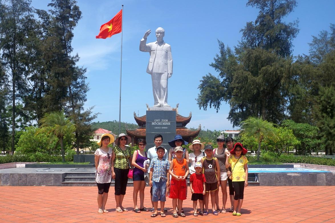 Công ty TNHH Sông Hàn tổ chức chương trình tham quan nghỉ mát cho CBNV tại đảo CôTô- H.CôTô- T.Quảng Ninh hè 2015.